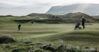 Playing golf in Sligo