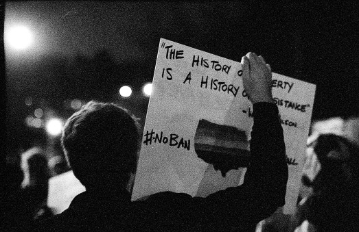 History Canon FTb - Ilford Delta 3200 (pushed 6400)
